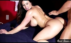 Busty MILF pussy screwed upstairs for everyone fours