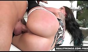RealityKings - 8th Street Latinas - (Raven Bay, Tyler Steel) - Pulling Raven
