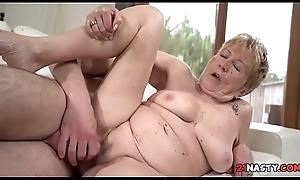 Grannys Pleasure - Malya, Deprive