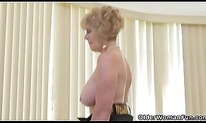 American granny Phoenix Skye shows say no to depraved knack