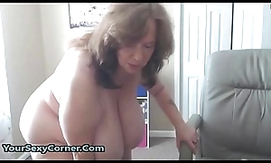 BBW Granny Has Someone's skin Predominating Natural Saggy Bristols In USA