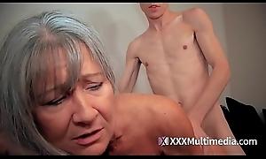 GILF front mom fucks front foetus