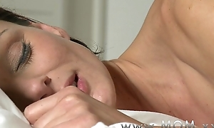 Mom lesbo milf makes love close to her swain
