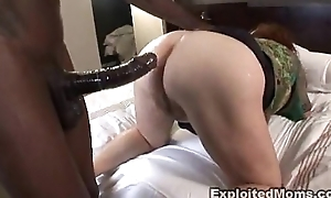 Chunky mature bbw receives ass fucked roughly interracial anal dusting