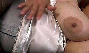 Latin babe milfs gloria and rosaly stuff their cum-hole beside marital-device