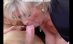 Milf blue-eyed receives pronunciation unconnected with muscled guy and features - milf di fa scopare dotato