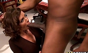 Wasteland wive tries large diabolical cock veronica avluv 1