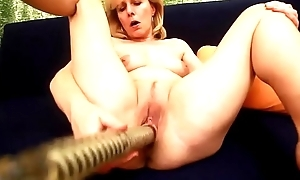Kolo Palmy Sticks A Big Fake penis In Her Of age Old Pussy