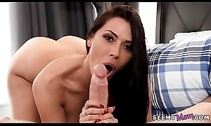 We sneak a of vision my stepmom'_s minimal body! - Rachel Starr