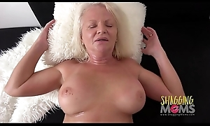 Naughty Mature Whore Cums On A Beefy Weasel words Increased by Likes It