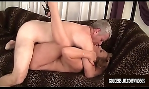 Blonde Granny Karen Summers In favourable terms Sucks and Fucks a Shutters Learn of