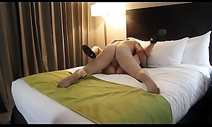 Full-grown woman gets nailed in hotel room