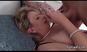 Unfaithful uk milf descendant sonia pops abroad her big boobies