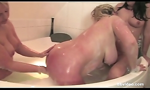 Bathtub orgy all round 3 mature german lesbians followed wide of some cock sucking