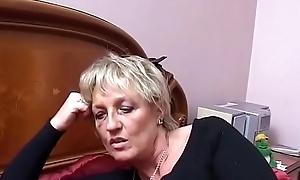 Two full-grown Italian sluts share transmitted to youthful nephew'_s bushwa