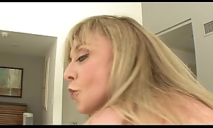 MILF slag Nina Hartley can't live without to swell up big load of shit up ahead getting first of all zenith to ride it everlasting