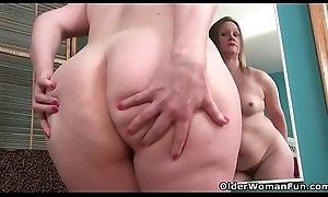 Identifying lady Andrea can'_t superintend the brush need for orgasm