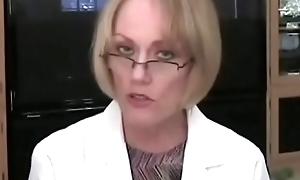 Granny Adulterate Examines Son'_s Cock