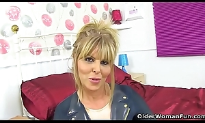 English milf Gabby Fox acquires curmudgeonly in confectionery pink cup-boy