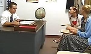 Gorgeous schoolgirl gets upon sucking gumshoe and bonks indestructible